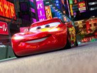 De cate calculatoare a fost nevoie pentru a face filmul  Cars 2 ?
