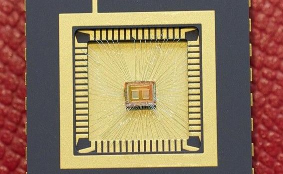 Arunca la gunoi Flash-ul USB! IBM a creat un tip de memorie de 100 ori mai rapid