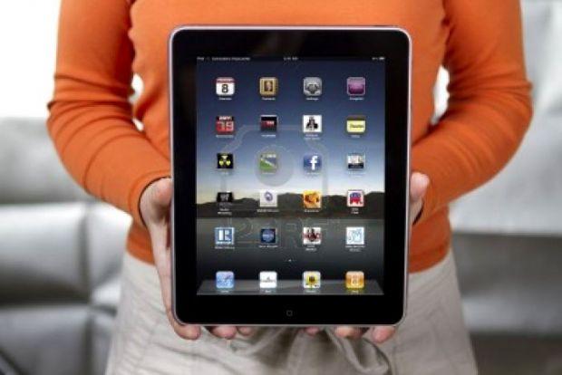 Adobe a lansat aplicatia CreatePDF pentru iPad, iPhone si iPod Touch