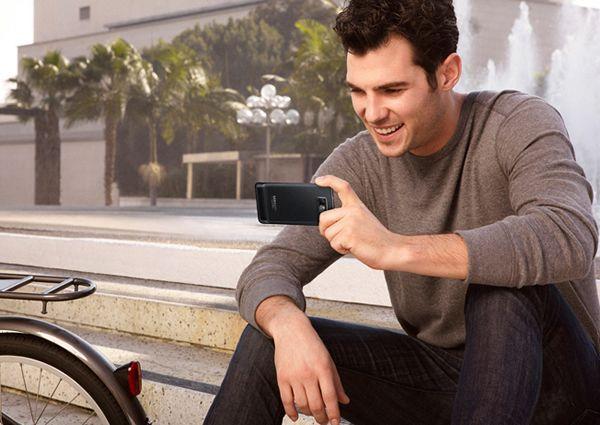 Unul dintre cele mai performante smartphone-uri a fost vandut in Romania in 50.000 de unitati. Vezi modelul