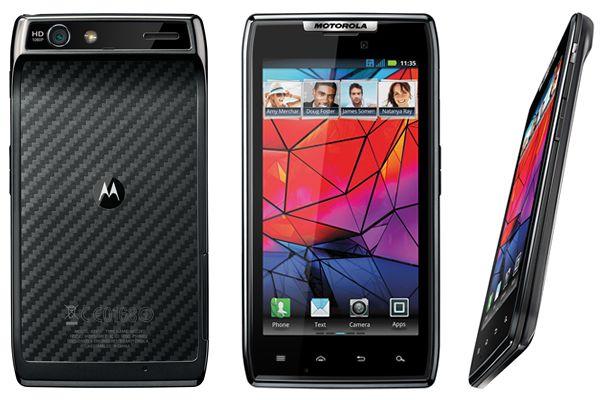 VIDEO Motorola a lansat Droid RAZR, un smartphone Android ultraperformant cu o grosime de doar 7,1 mm