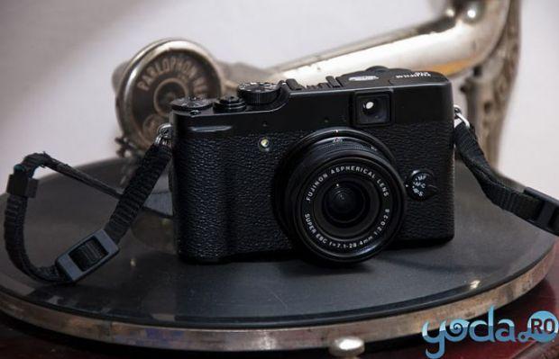 Masina timpului. Cea mai noua camera retro: Fujifilm X10