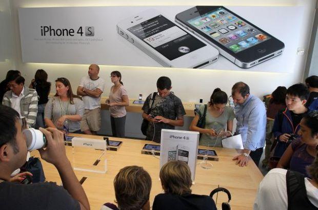 Dupa Samsung, si Motorola a pus gand rau Apple. Compania a castigat interzicerea vanzarii de iPhone si iPad in Germania