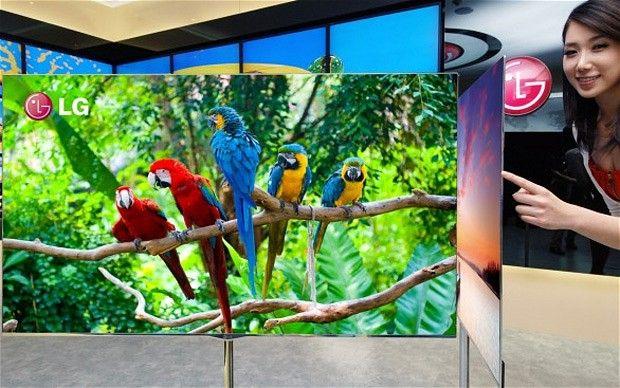 Televizorul de grosimea unei foi de carton, prezentat la Las Vegas