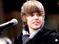 Justin Bieber devine robot, iar will.i.am porneste intr-o misiune imposibila