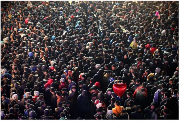 Isterie in China dupa ce o firma de telefonie da iPhone 4S gratis