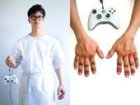 IMAGINI SOCANTE! Jocurile video le-au distrus VIETILE! Si-au deformat corpul dupa mii de ore de jucat pe console!