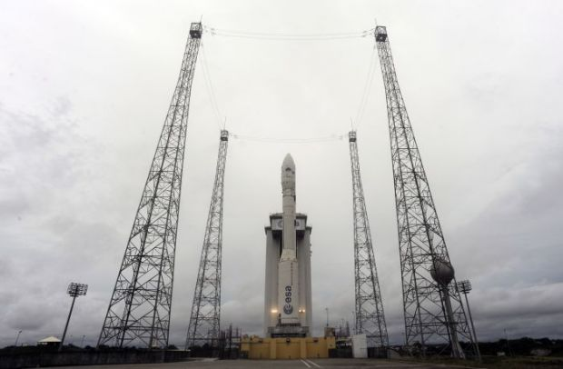 iLikeIT: Racheta VEGA a DECOLAT! Satelitul GOLIAT e in drum spre orbita (update) VIDEO