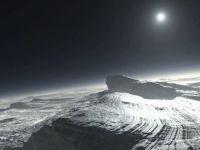 Planeta pitica Pluto, asa cum n-ai mai vazut-o niciodata! Vezi aici imagini unice cu suprafata planetei