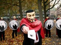 Hackerii de la Anonymous au spart un site romanesc si au publicat 2.000 fisiere TOP Secret