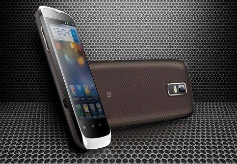 Chinezii pregatesc un smartphone cu display de 4,3 inch si sistem de operare Android 4.0 Ice Cream Sandwich
