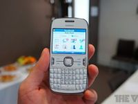 Nokia extinde seria de telefoane ieftine Asha cu modelele 202, 203 si 302
