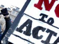 VIDEO Totul despre Tratatul ACTA. Ce pierzi, ce castigi si de ce multi romani ar putea ajunge la puscarie