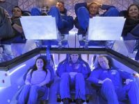 GALERIE FOTO Imagini SF din interiorul primei nave spatiale private