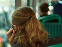 Pasionatii de telefoane, considerati pericol public intr-un oras din SUA. Vor avea piste speciale