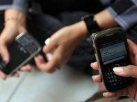 Ai telefon mobil? 66% din posesorii unui smartphone au o problema grava