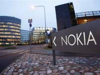 Softul telefonului Nokia Lumia 900 are o eroare de programare. Actiunile companiei scad cu 12%