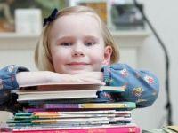 La 4 ani, fetita are acelasi IQ ca Einstein