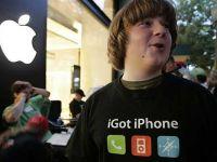 VIDEO Imaginiile care ii revolta pe fanii iPhone. Cu ce animal sunt comparati