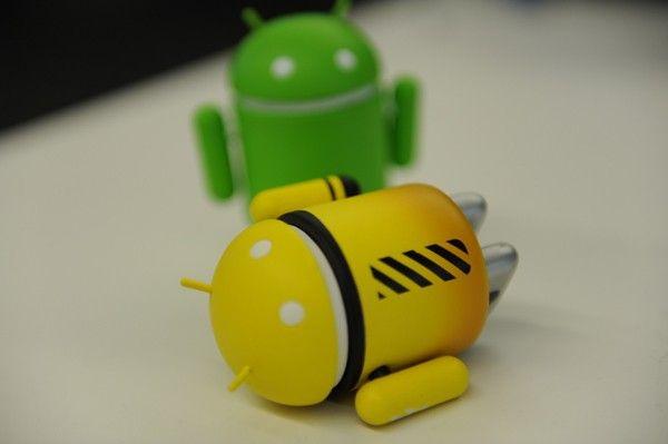 Romania, locul 6 la virusii de mobil