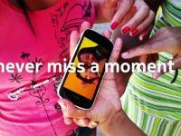 Nokia 808 PureView, o  camera foto  de 41 MP care mai are si telefon