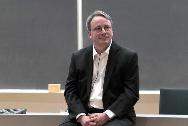 VIDEO Initiatorul sistemului de operare Linux face un gest de neimaginat