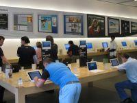 Steve Jobs n-ar fi permis niciodata asta: Apple lanseaza un gadget controversat