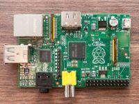 iLikeIT: Raspberry Pi, computerul ieftin, performant si la fel de mic ca o carte de vizita