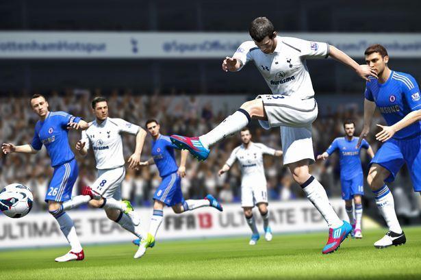 Chiar ca e ca pe stadion! Ce le poti face arbitrilor in noul FIFA 13