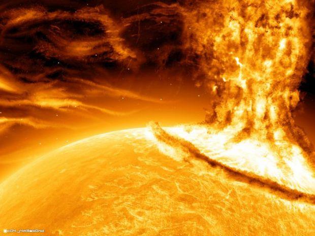 Cerul se va inrosi, iar Internetul va fi paralizat: 2013 va fi anul exploziilor solare