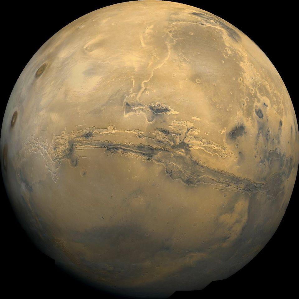 FOTO: Cercetatorii au descoperit pe Marte un fenomen intalnit pana acum doar pe Pamant