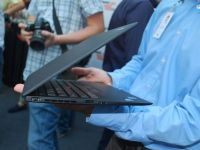 Un laptop teleportat din viitor: Lenovo ThinkPad X1 Carbon