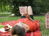 Cel mai ieftin ebook reader, txtr beagle, costa cat 4 pachete de tigari