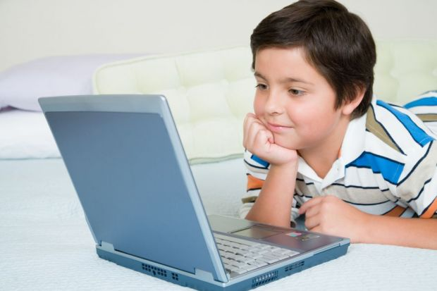 Retelele sociale, cele mai periculoase site-uri pentru copii