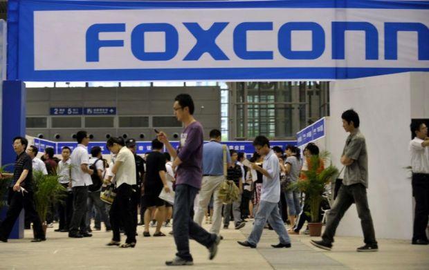 Foxconn recunoaste ca a folosit minori de 14 ani pentru producerea celebrelor gadgeturi iPhone si iPad