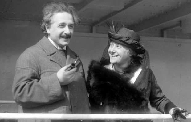 Problema cu barcile formulata de Einstein. Foarte putini oameni stiu sa o rezolve!