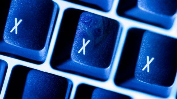 Amenda fabuloasa pentru descarcarea a 10 filme XXX de pe torrente