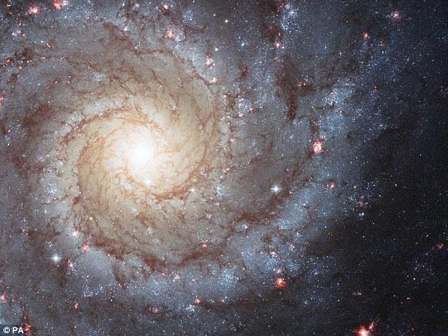 Universul atinge un punct critic. Nu se mai formeaza stele