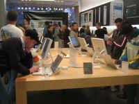 Magazinele Apple, cele mai profitabile din SUA. Ce incasari pe metru patrat au avut