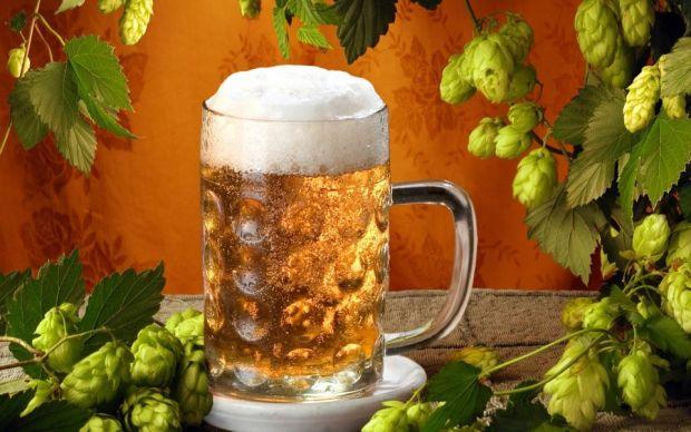 Dai un LIKE, primesti o bere. Ce poti obtine daca folosesti Facebook
