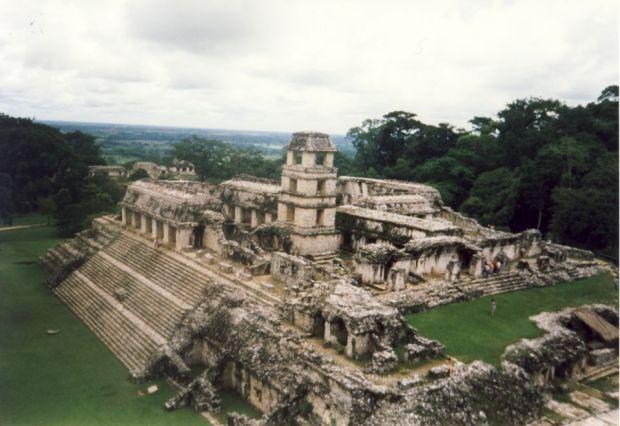 Enigma mayasa. 21.12.2012 – Sfarsitul lumii sau intoarcerea zeilor?