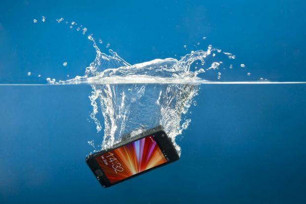 Vedetele lui 2012: Televizoarele subtiri si smartphone-urile reziste la apa