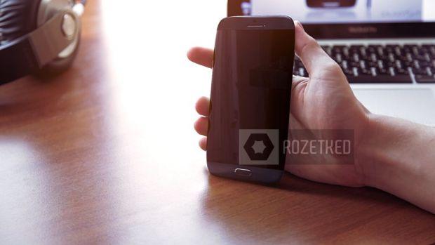 VIDEO: Samsung Galaxy S4, concept SF cu tastatura laser