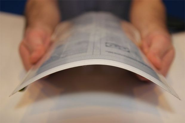 Tableta PaperTab, subtire si flexibila ca o hartie, una dintre marile surprize de la CES 2013