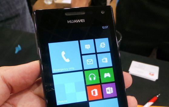 Huawei Ascend W1, primul smartphone chinezesc cu Windows Phone 8