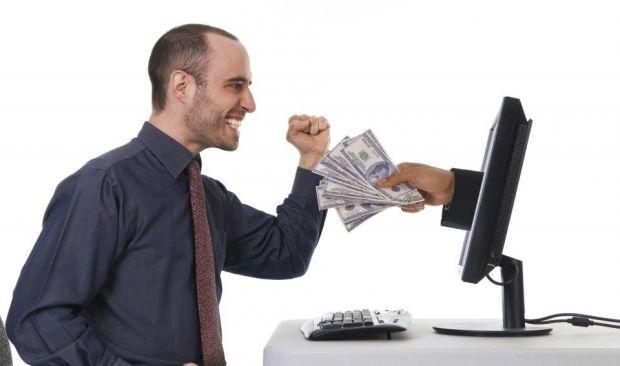 Romanii, locul 7 in lume la bani castigati online. Cum te imbogatesti pe net