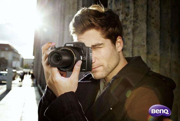 Noua camera foto BenQ GH800. Zoom optic 36x