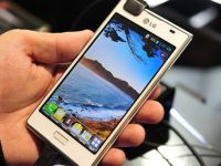 LG Optimus L7 a fost adus la MWC 2013. Alternativa minimalista a unui Galaxy SII. Review VIDEO