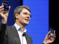 Seful Research In Motion ataca iPhone.  E depasit tehnologic