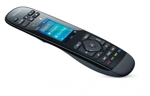 Logitech Harmony Ultimate si Logitech Harmony Smart Control, doi noi telecomenzi de la Logitech pentru controlul dispozitivelor de acasa